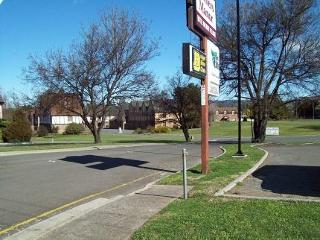Alanvale Apartments & Motor Inn