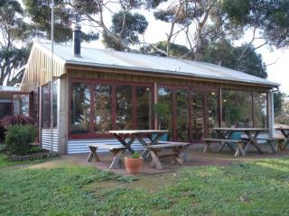 Seal Bay Cottages Kaiwarra