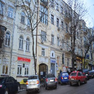Apartments on Malaya Zhytomirskaya street