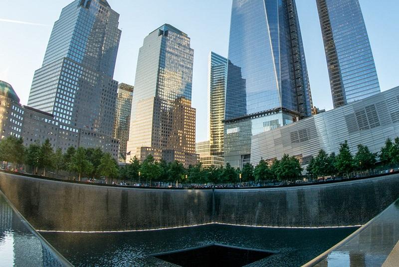 Нью-Йорк - Мемориал Граунд Зеро