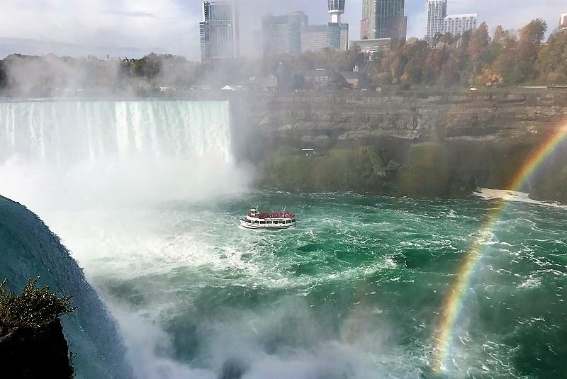 Ниагарский водопад прогулка на кораблике 0